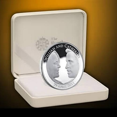 2011 Official Sterling Silver Royal Wedding Crown Proof Coin by The Royal Mint