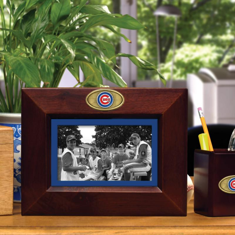 MEMORY Company Landscape Brown Picture Frame - Chicago Cubs