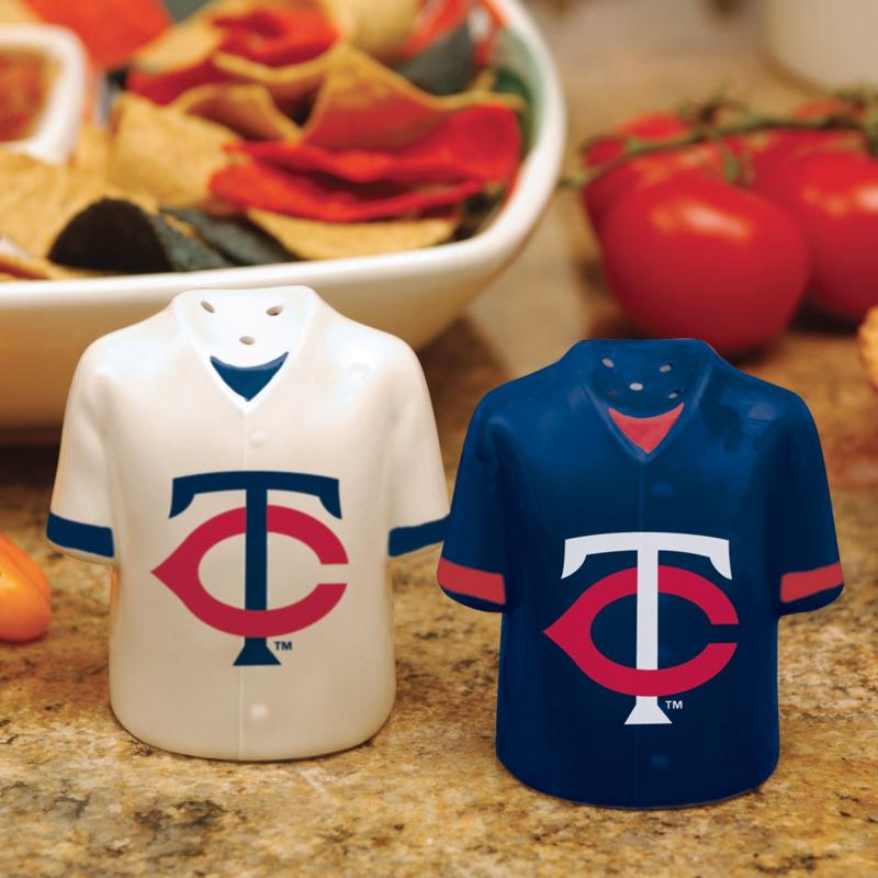 MEMORY Company Ceramic Salt and Pepper Shakers - Minnesota Twins