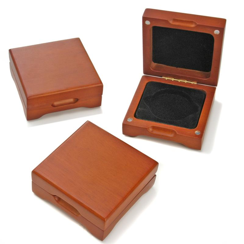 HSN Oak Display Boxes for Single Round Coins - Set of 3