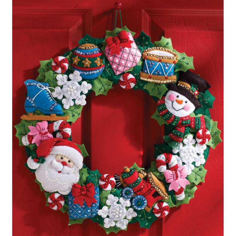 BUCILLA Bucilla Christmas Toys Wreath Felt Applique Kit